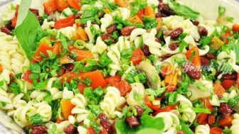 Sebzeli Makarna Tarifi – Sebzeli Makarna Nasıl Yapılır?