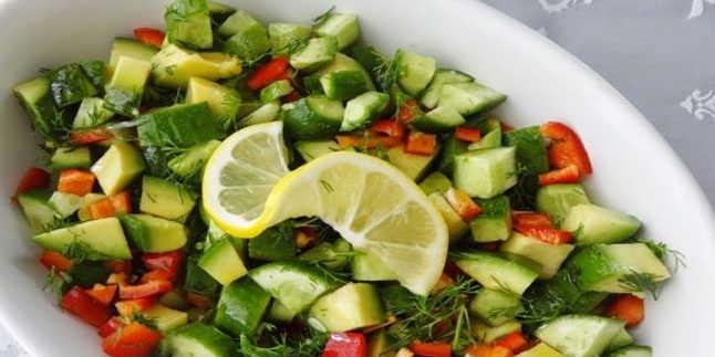 Avokado Salatası Tarifi – Avokado Salatası Nasıl Yapılır?