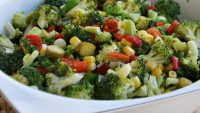 Brokoli Salatası Tarifi – Brokoli Salatası Nasıl Yapılır?