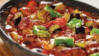 Fırında Sebzeli Kebap Tarifi – Fırında Sebzeli Kebap Nasıl Yapılır?