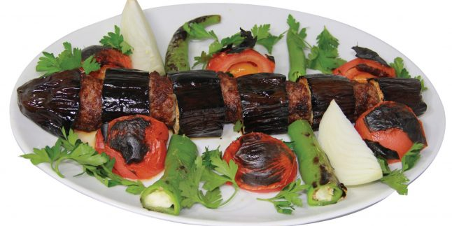 Patlıcanlı Kebap Tarifi – Patlıcanlı Kebap Nasıl Yapılır?