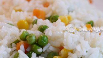 Sebzeli Pirinç Pilavı Tarifi – Sebzeli Pirinç Pilavı Nasıl Yapılır?