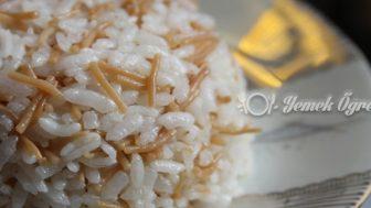 Şehriyeli Pirinç Pilavı Tarifi – Şehriyeli Pirinç Pilavı Nasıl Yapılır?