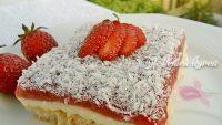 Muhallebili Çilek Soslu Pasta Tarifi – Muhallebili Çilek Soslu Pasta Nasıl Yapılır?