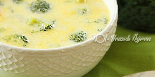 Sütlü Brokoli Çorbası Tarifi – Sütlü Brokoli Çorbası Nasıl Yapılır?