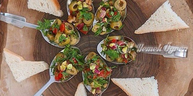 Fıstıklı Zeytin Salatası