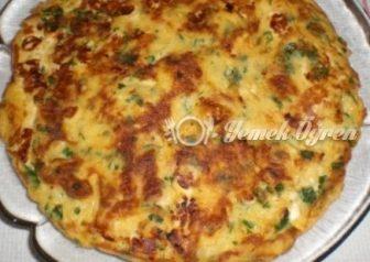 Peynirli Ispanaklı Omlet Tarifi