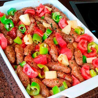 Fırında Sebzeli Köfte Yemeği Tarifi