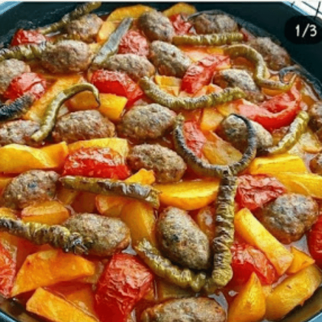 Fırında Köfte Patates (Izmir Köfte)