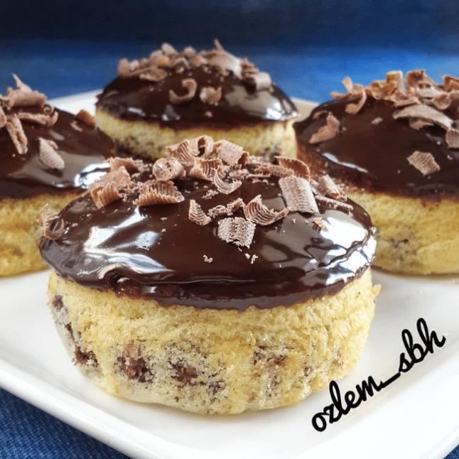 Güveçte Çikolatalı Kek