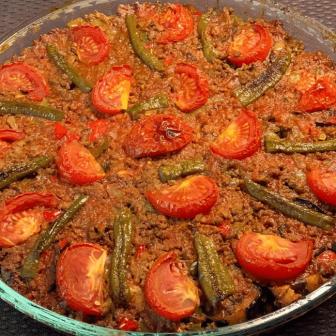 Lokanta Usulü Patlıcan Musakka