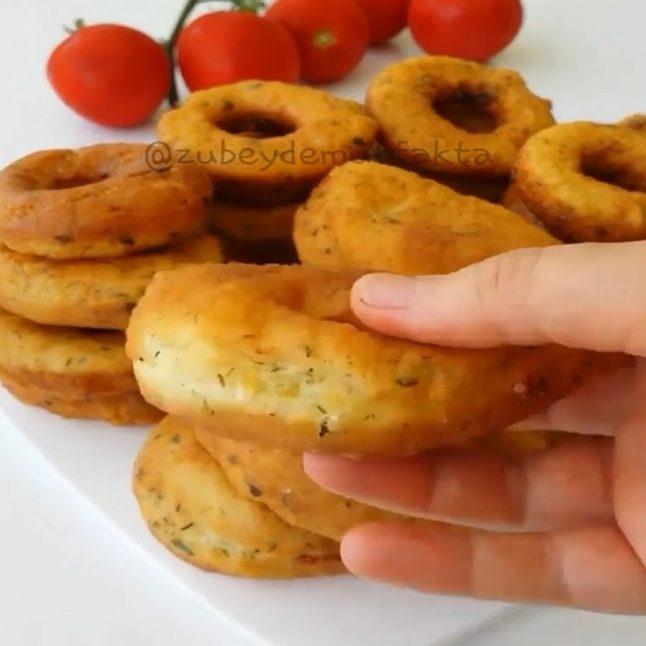 Maydanozlu dereotlu pişi