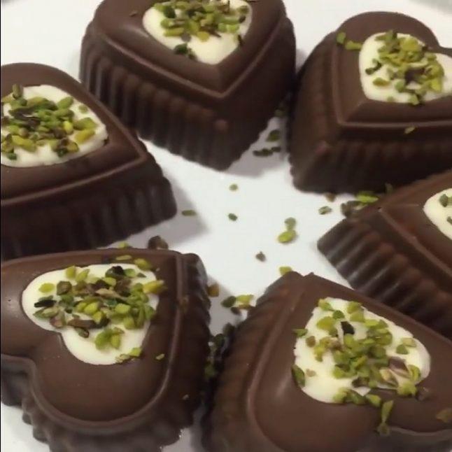 Çikolata kaplı dondurma