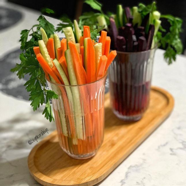 Salatalık ve havuç kokteyl